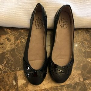 New simply comfort black flats size 7.5m